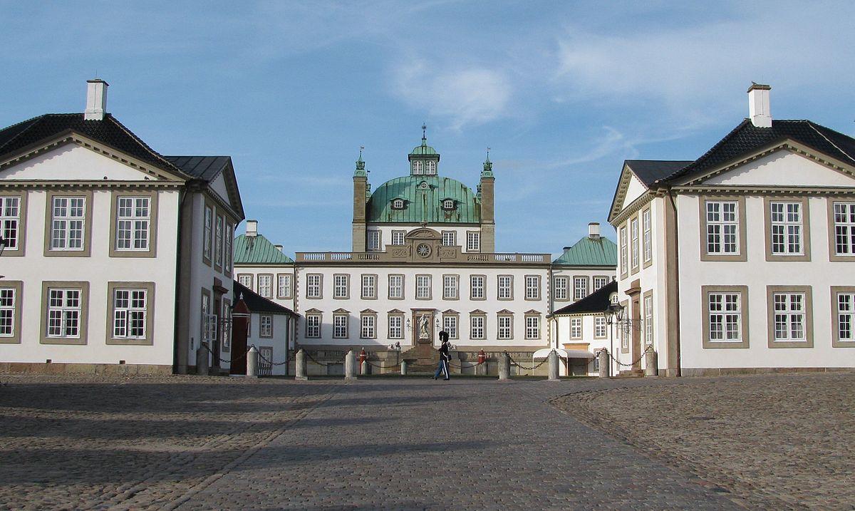 Visit Fredensborg
